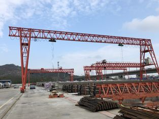 China 60T -20m - 9m Gantry Lifting Equipment Which Could Climb Stairs supplier