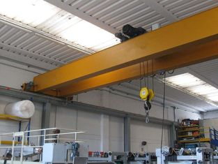China 10 Ton Electric Overhead Crane Light Weight Construction And Heavy Weight Strength supplier