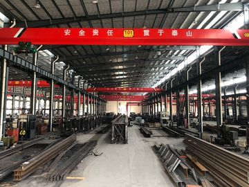 China Electric Traveling Double Girder Overhead Cranes 16T For Repair Shops supplier