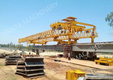 China Beam Launcher Gantry Crane for railway construction project with Reliable performance distributor