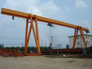China Box Girder Yard L Shape Crane Gantry For Unloading / Complicated Context distributor