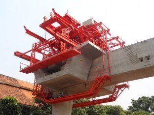 China Bridge Construction Equipment Rubber Tyre Segment Lifting Systems ISO9001 distributor